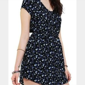 UO Kimchi Blue Silky Sabrina Floral ButtonUp Dress